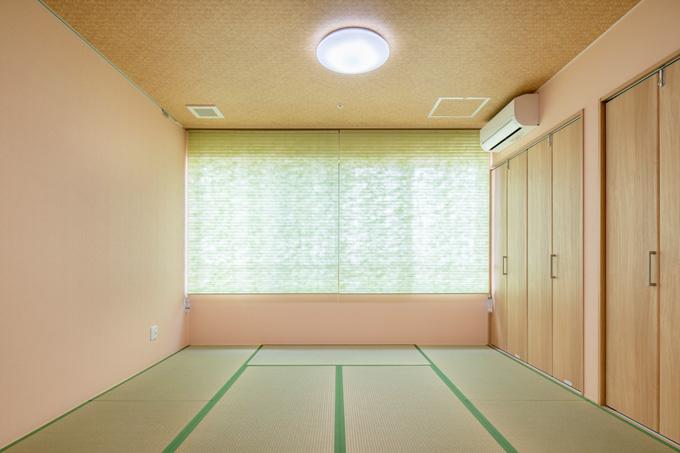 落ち着きある共有和室スペース
