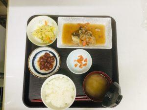 ~11月29日(金)カレイのバター醤油煮~